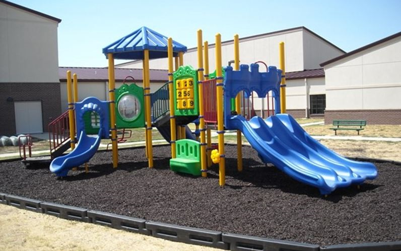 Playground with 8in Borders 1
